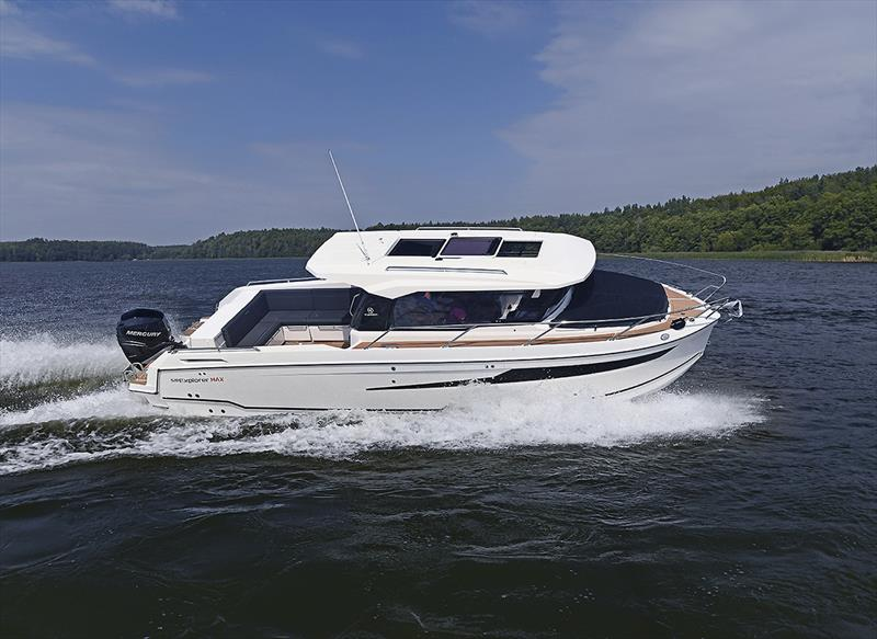 Parker 920 Explorer MAX - photo © Nautilus Australia