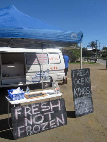fresh local prawns and fish - that's what locals and visitors want © SW