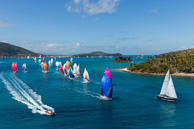 AHIRW2015 - Colourful Dent Passage start day 2 ©  Andrea Francolini Photography http://www.afrancolini.com/